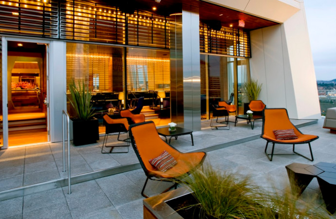 The best bar patios for outdoor drinking in portland for Patios portland oregon
