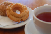 Wine Bar | Where to Find Portland's Best Donuts